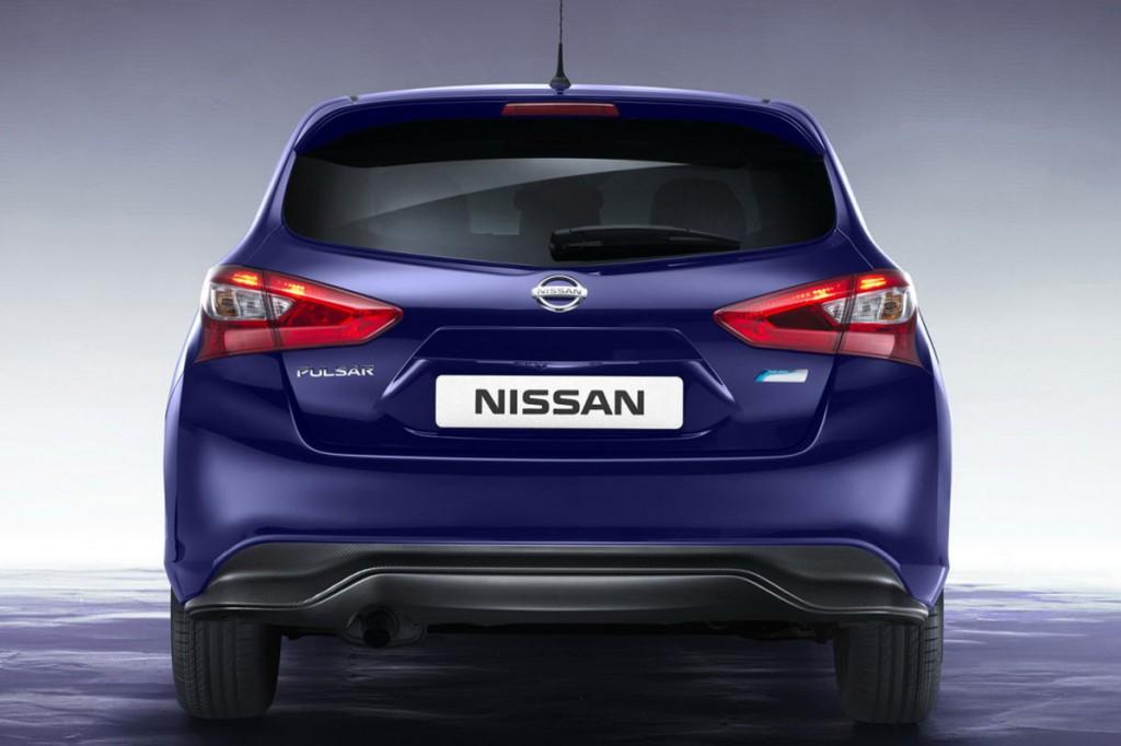 Nissan_Pulsar_Rear