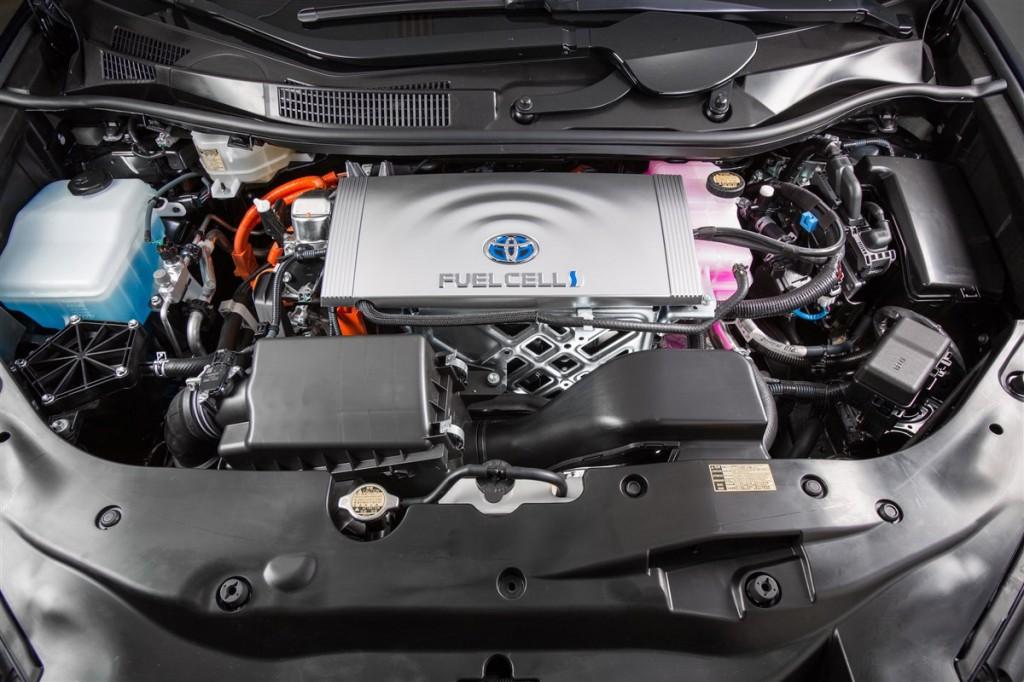 Toyota_Mirai_Engine