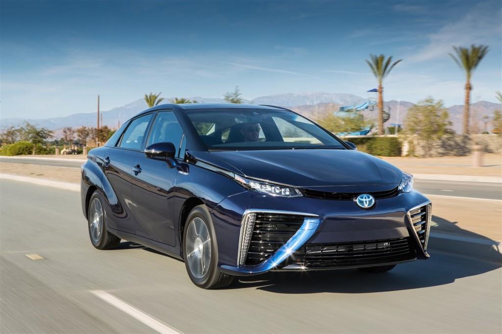 Toyota_Mirai_Front_2