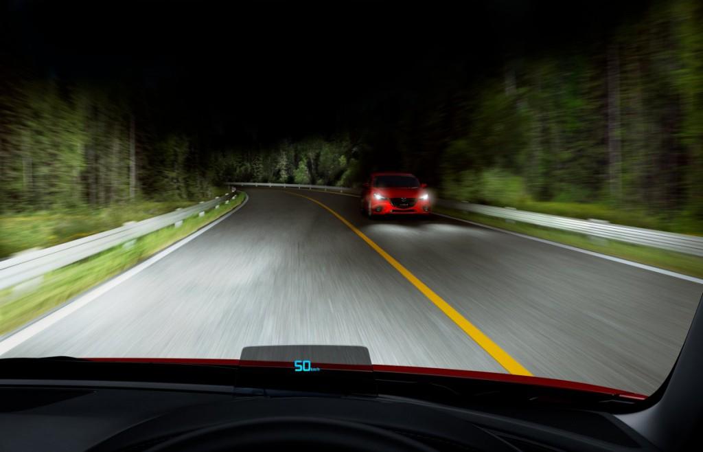 Mazda6 2015_head_up_display