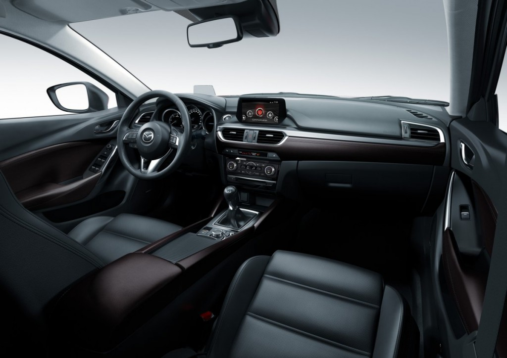 Mazda6 2015_interior_right