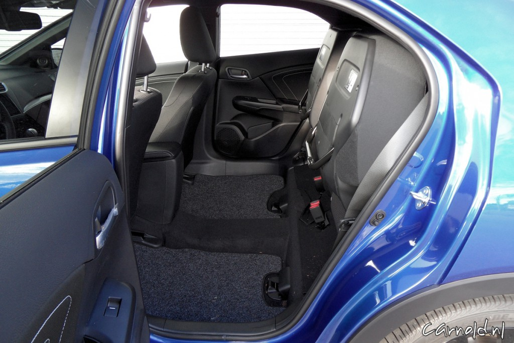Honda_Civic_Sport_12