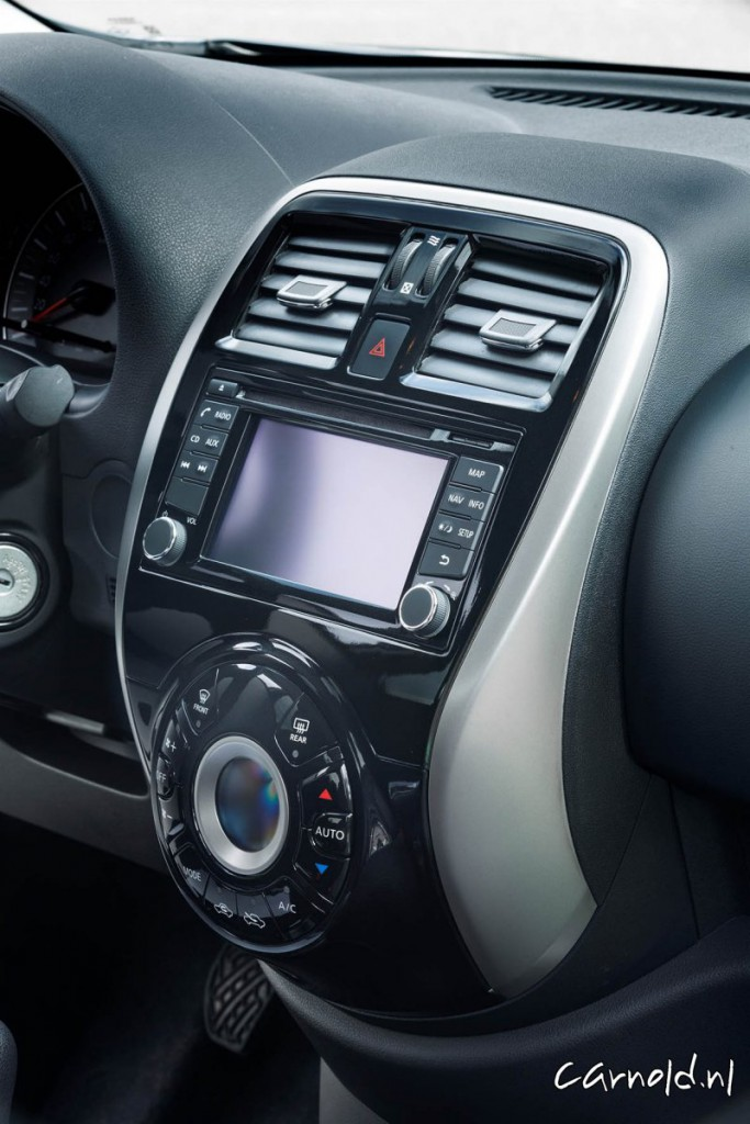 Nissan_Micra_N-Tec_5