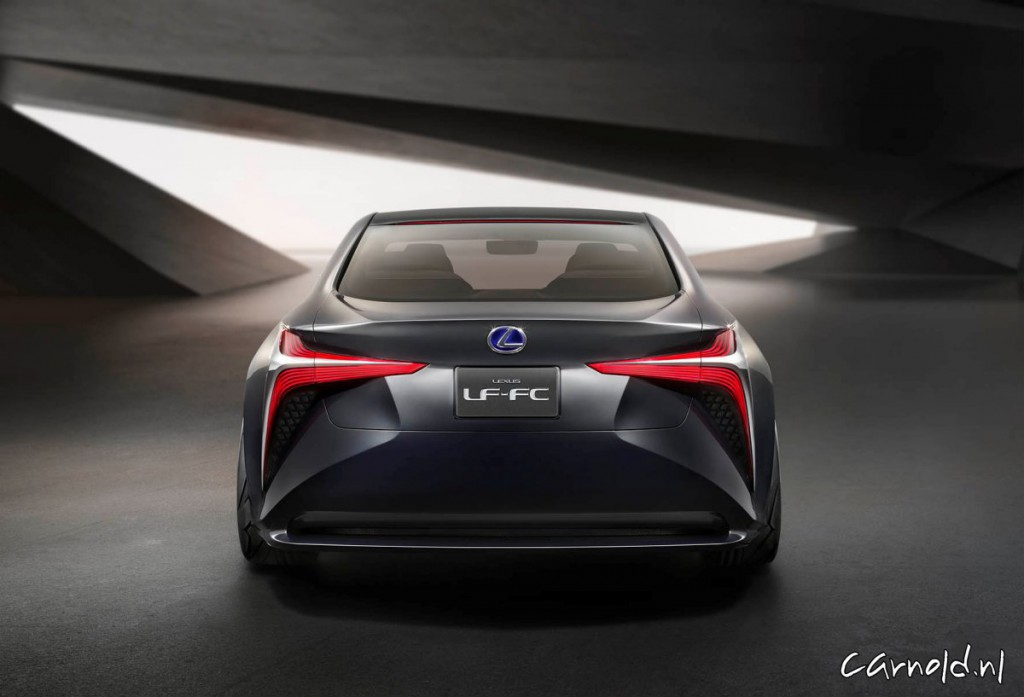 Lexus_LF-FC_3