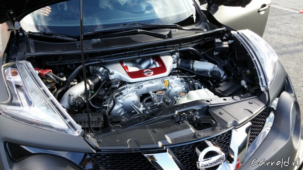 Nissan_Juke_R_2