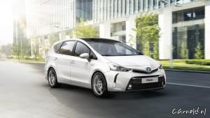 Toyota_Prius+_01