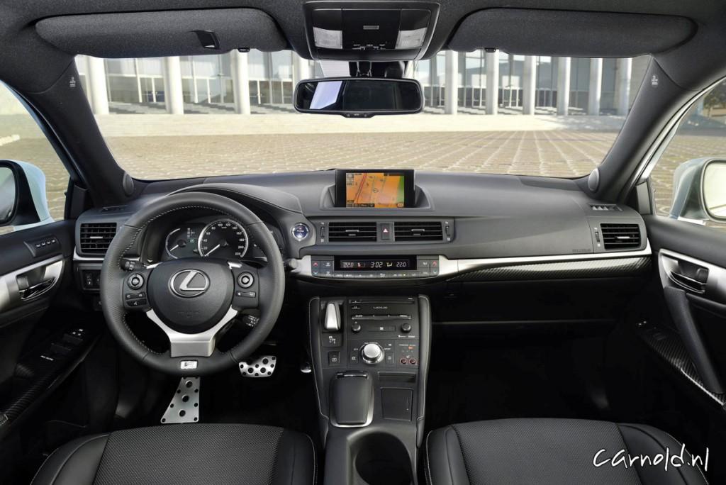 Lexus_CT200h_9