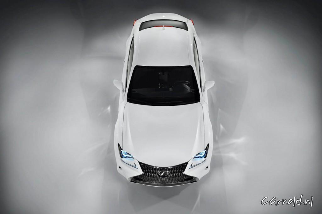 Lexus_RC 300h_3