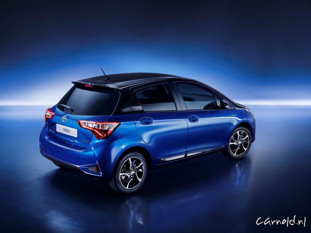 Toyota-Yaris_2017_3